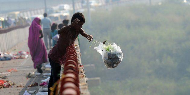Throwing Garbage In Delhi Just Got Very