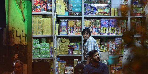 The Morning Wrap: Defending The Firecracker Ban; Sense Dawns On Rahul