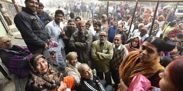 The Morning Wrap: Support For Demonetisation Declines; Mamata Banerjee Calls PM Modi 'Biggest