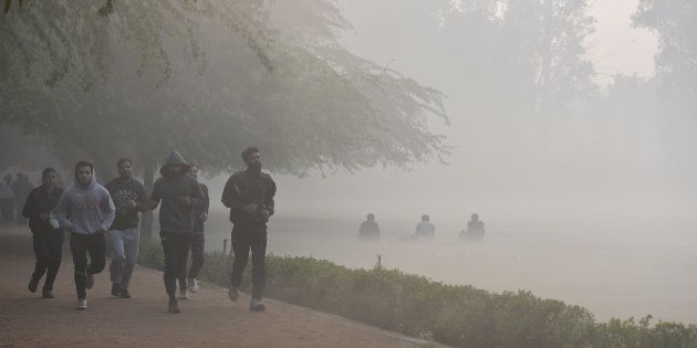30 Trains Delayed As Fog Covers New