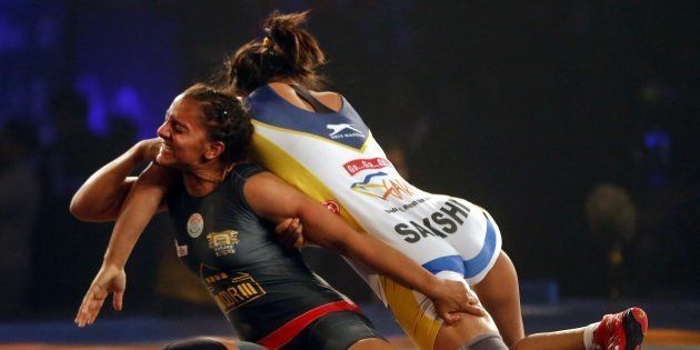 Watch The Real-Life Geeta And Babita Phogat Create History At The 2010 Commonwealth