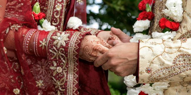 This Surat Family Has Been Organising Mass-Weddings For Fatherless Girls For Five Years