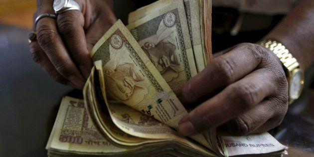 Why The Scrapped ₹500 And ₹1,000 Notes Are Selling For ₹550 And ₹1,100 In