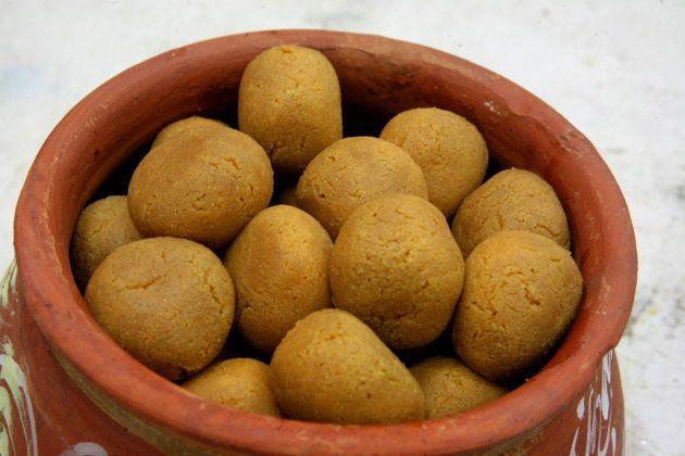 Rasgulla for the diabetic by Sen Mahasaya sweets shop in Kolkata, West