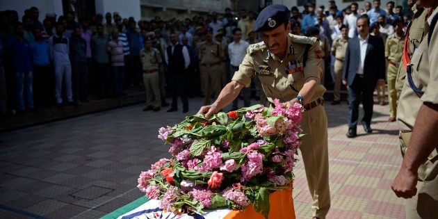 6 Policemen Killed In Terror Attack In Kashmir's