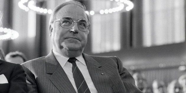 Helmut Kohl, Architect Of A Reunified Germany, Dies At