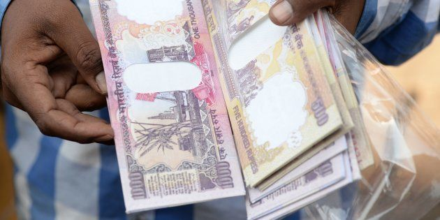 Holding On To Demonetised Notes Will No Longer Attract Jail Term, Minimum Fine Of ₹10,000 Still