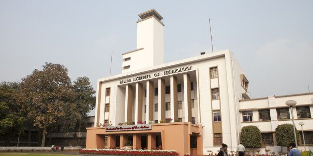 Lights Out For An Hour Every Now And Then Is IIT-Kharagpur's Unusual Way Of Dealing With Depression On
