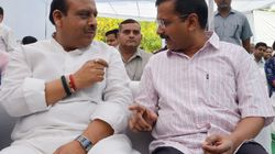 Twitter War Erupts Between Delhi CM Arvind Kejriwal And Leader Of Opposition Vijender