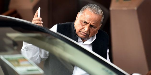 Yadav Family Feud Moves To Delhi, Mulayam Stakes Claim to Cycle