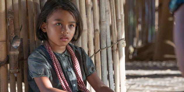 Sareum Srey Moch plays Loung Ung