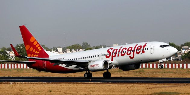 SpiceJet Flight Going From Bengaluru To Delhi Forced To Land Mid-Way Due To Stinking
