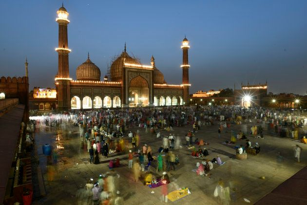 Delhi's Jama Masjid lit up for Eid. People gather here every year to wait for the sighting of the moon...