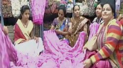 Forget Demonetisation Woes, This Saree With ₹2,000 Notes Printed On It May Soothe Your