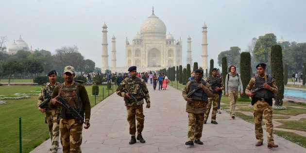 Security At Taj Mahal Beefed Up After Website Threatened To Target