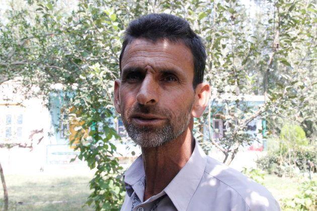 Ghulam Qadir, Riyaz Naikoo's