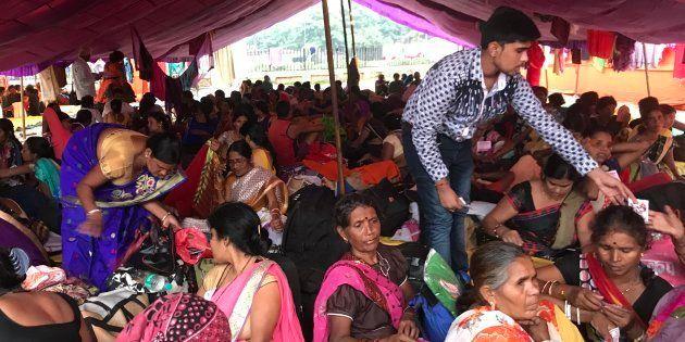 Anganwadi and ASHA workers at Ramlila Maidan, Delhi, on the eve of the Kisan-Mazdoor Sangharsh