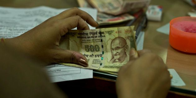 RBI Refuses To Exchange ₹50,000 In Old Notes Left Behind By A Dead Man In