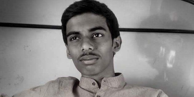 Watching His Teacher Die For Want Of Blood, This 16-Year-Old Set Up His Own Non-Profit Blood Supply