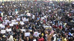 Adamant Protesters Demanding A 'Permanent Solution' Stop Tamil Nadu CM From Inaugurating Jallikattu