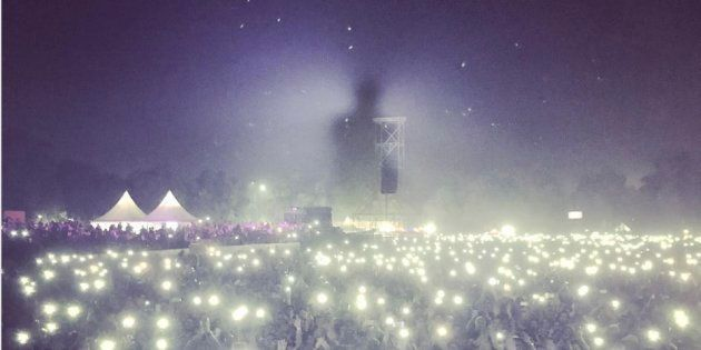 Bryan Adams shared a photo of his concert on Instagram that shows how polluted Delhi