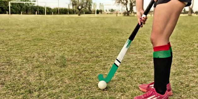 National-Level Hockey Player Ritu Bhoraiya Thrashes Man Who Stole Her Friend's Phone In