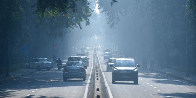 A view of heavy smog leading to pollution at Patel Nagar, on October 28, 2018 in New Delhi,