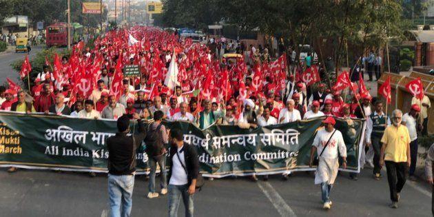 Farmers march towards Ramlila