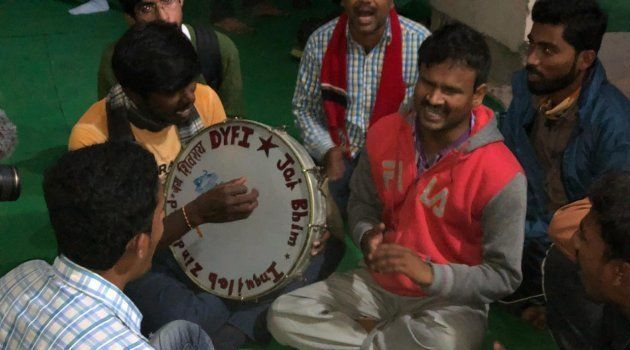 Farmers from Andhra Pradesh singing folk songs with students of Jawaharlal Nehru University (JNU) on