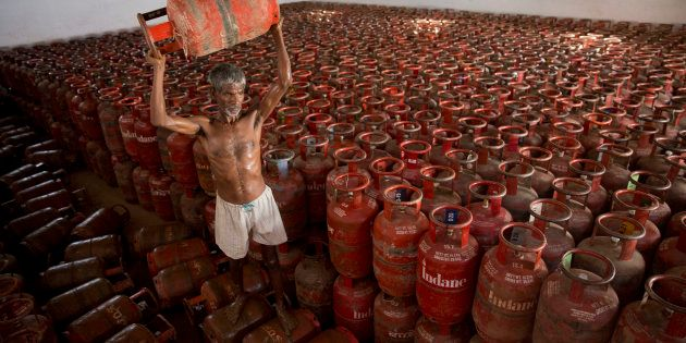 Govt Has Been Quietly Reducing Cooking Gas Subsidy Over The Past Few