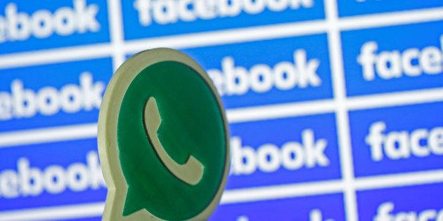 Two Indian Students Legally Challenge Facebook Over WhatsApp Privacy