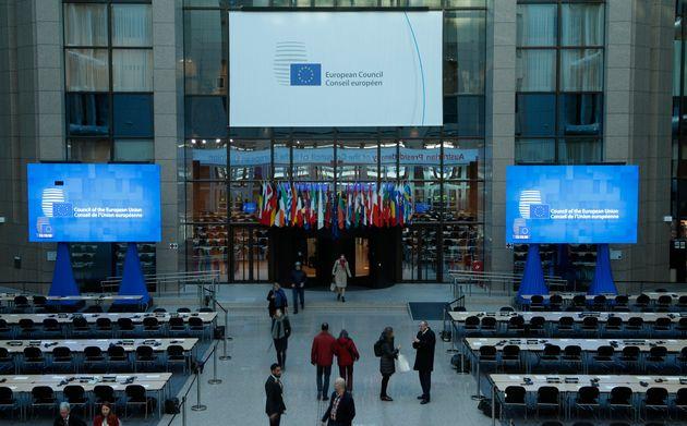 Οι εξελίξεις για το Brexit στο Ευρωπαϊκό Συμβούλιο και τη Σύνοδο Κορυφής - Στις Βρυξέλλες ο