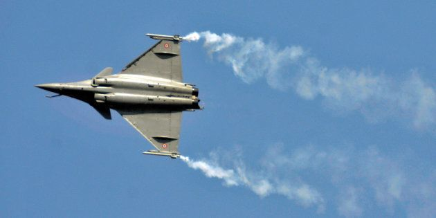 Modi's Plan Of Transforming India From Weapons Buyer To Arms Exporter Remains