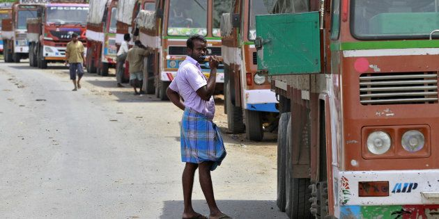 90% Of Trucks In West Bengal Have Either Gone Off The Roads Or Are Stranded Following Currency