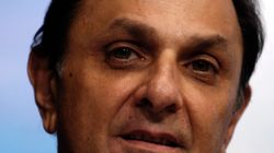 Nusli Wadia Serves Defamation Notice To Tata