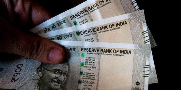 Income Tax Officials To Crack Down On Unexplained Cash Deposits Of Over ₹5