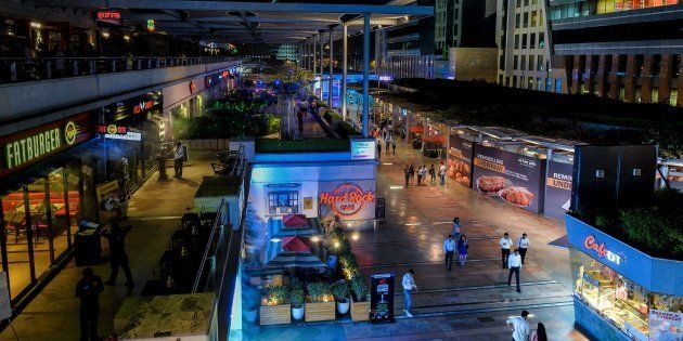 Gurugram's CyberHub And Five-Star Hotels Have Literally Found A Way Around The Highway Liquor