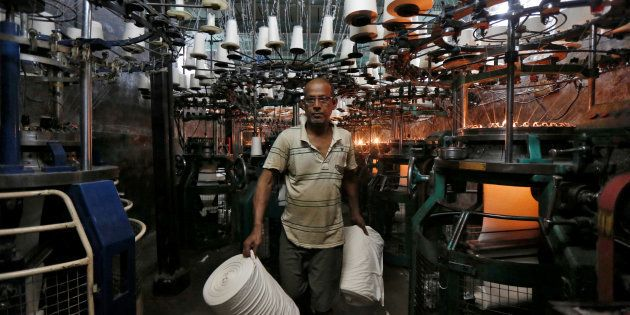 India's Industrial Output Sharply Falls In