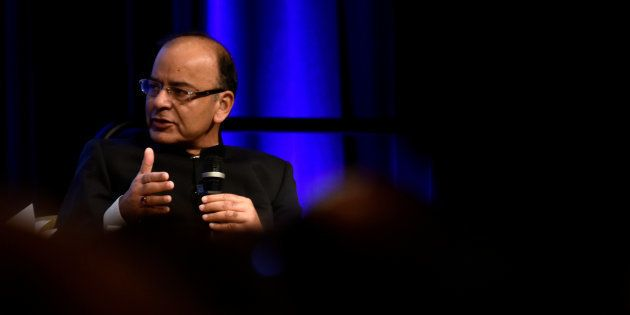 Jaitley Takes Up H-1B Visa Issue With US, Emphasises On The Role Of Indian Professionals In