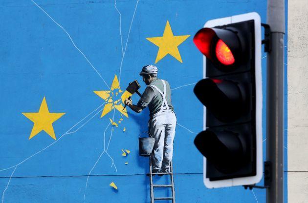 Υπό εξέταση πιθανές αλλαγές στη συμφωνία για Brexit - Tι αναφέρει προσχέδιο 6 σημείων της