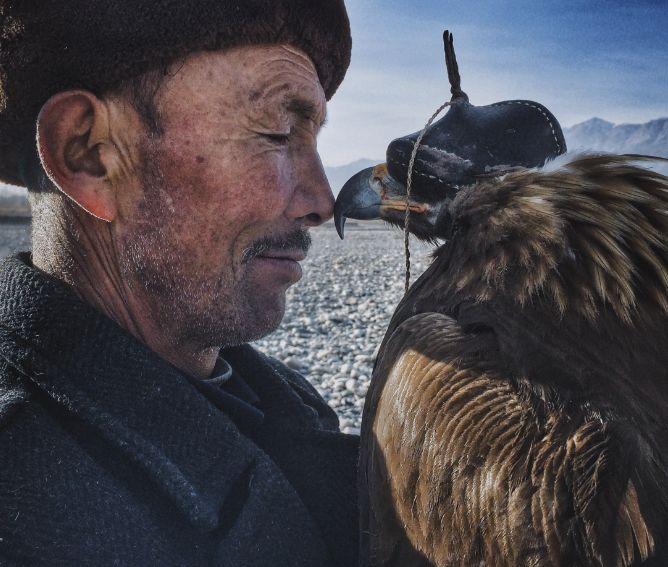 Siyuan Niu Xinjiang, China Grand Prize Winner, Photographer of the Year