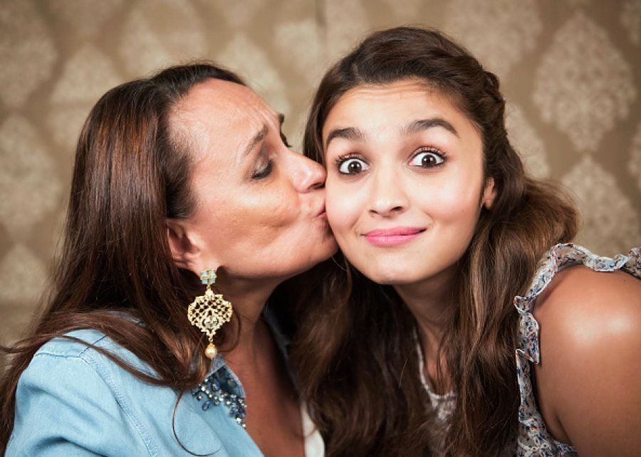 Alia Bhatt with her mother Soni
