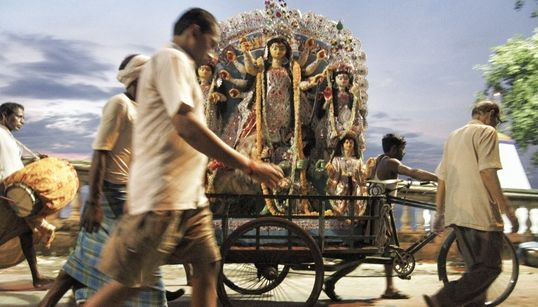 21 Stunning Images That Capture The Madness And Opulence Of Kolkata's Durga