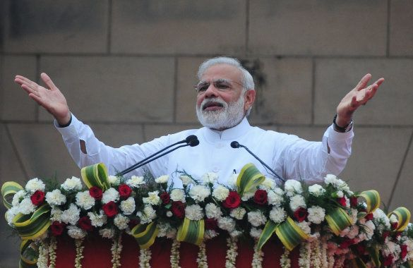 Prime Minister Narendra Modi addressing during flagging off of 'Run for Rio' from Major Dhayan Chand...