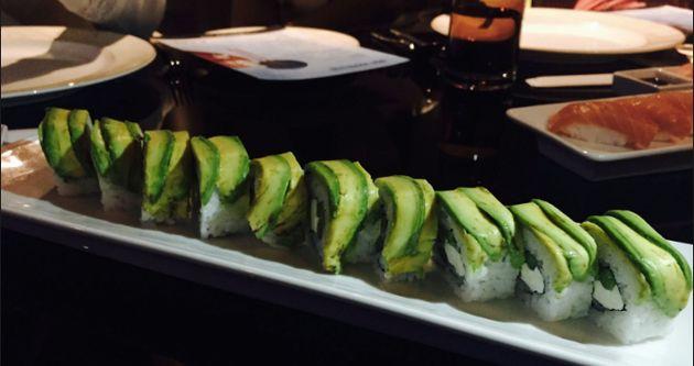 From Teppanyaki To Tandoori: 7 Mumbai Restaurants With Groovy Live