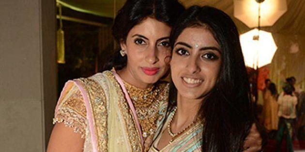(L-R) Shweta Nanda Bachchan with daughter Navya Naveli