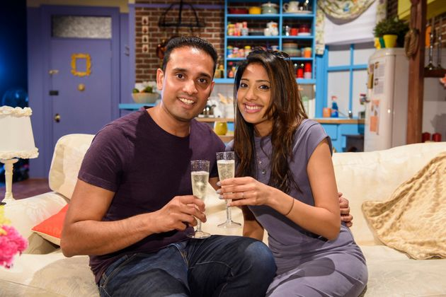 A 'Friends'-Obsessed Indian Couple Just Got Engaged In Monica And Chandler's
