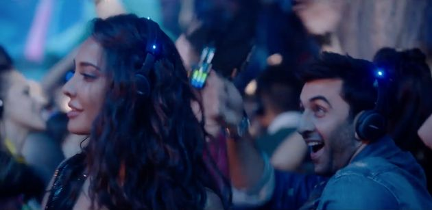 We Bet You Didn't Spot Lisa Haydon In The Break-Up Song From 'Ae Dil Hai