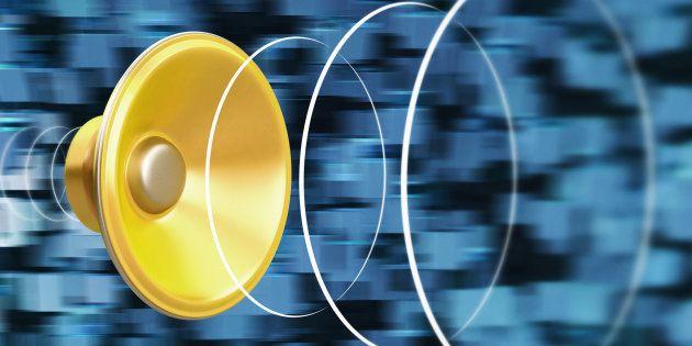 Speaker generating a sound wave