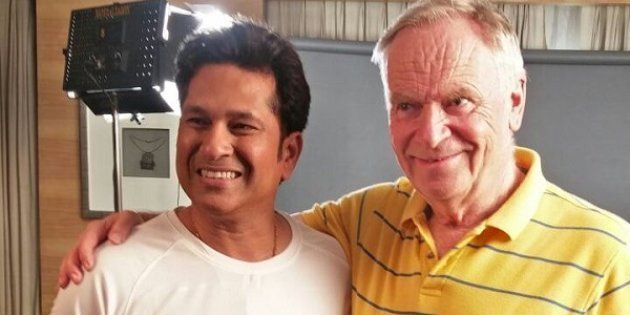 'I Score Brownie Points With Tendulkar By Autographing Books For His Wife': Jeffrey